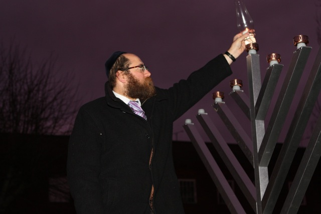 Town Chanukah lighting 2014 3